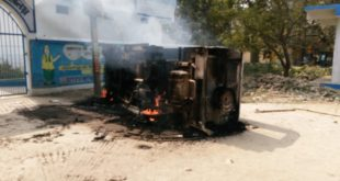 Tractor hits student, Mob set police vehicle on fire in Nadia